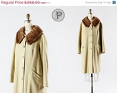 70% OFF - LAST DAY // 1950s coat large xl / 50s cashmere swing coat with fur collar : Macaroon