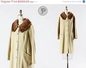 60 % OFF SALE / / 1950er Jahre Mantel große xl / 50er Jahre Kaschmir-Swing-Mantel mit Pelz Kragen: Makronen