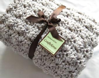 Crochet baby blanket- Baby blanket - Baby Boy Blanket- Baby girl blanket- Crib size Oatemal Puffy baby blanket -Unisex baby shower gift