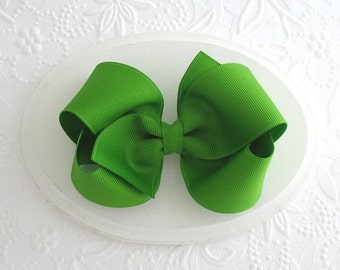 "St. Patrick's Day Hair Bow, Girls Apple Green Hair Bow, 4"" Green Boutique Bow, St. Patrick's Day Bow"