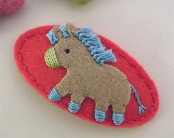 Felt hair clip -No slip -Wool felt -Donkey -coral red