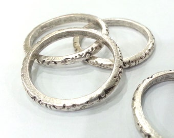 Antique Silver Plated Metal Ring Connector  , Pendant 4 Pcs. (30 mm)  G1993
