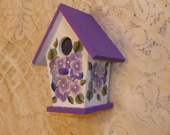 Hand Painted Hydrangea  Wooden Birdhouse  Shabby Victorian Cottage Chic New