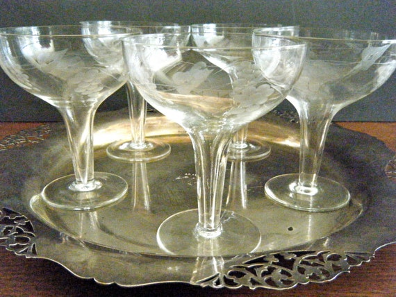 Vintage hollow stem champagne coupes etched grape and leaf - Hollow stem champagne glasses ...