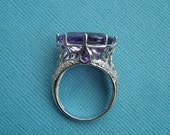 Vintage Victoria Wieck 10 Carat Brazilian Oval Amethyst 14K White Gold Ring   Size 7