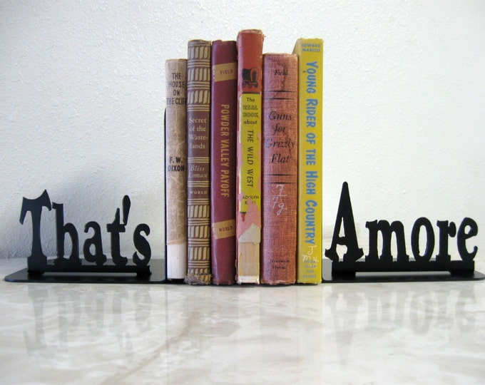 That's Amore Metal Art Bookends