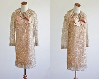 Vintgae Lace Dress, 60s 70s Dress, Shift Dress, Pink and Beige Lace Dress, Lace Mini Dress, Ruffle Neckline Dress, Bust 38 Medium