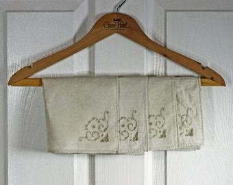 Vintage Linen Natural Color Cutwork Square Napkin set of 4