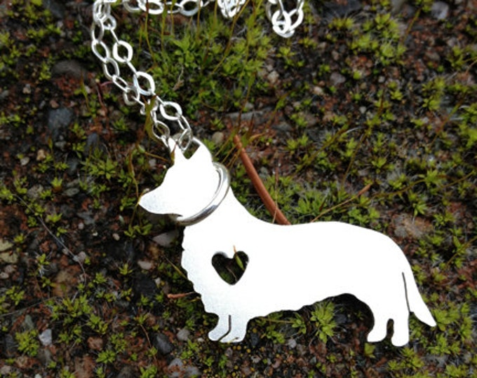 Petite Detailed Sterling Shape Necklace - Pet