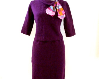 Vintage 1950s 50s Aubergine Boucle Suit Dress - Vintage Eggplant VLV Wiggle Skirt and Top with Metal Zipper - Size Small to Medium estimated