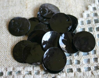 6pcs Mussel Shell Pendant Natural Drop 40mm Round Black