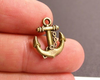 12 anchor charms -12 pcs antique brass bronze anchor charms-  BAZ82