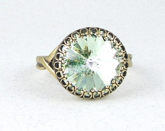 Mint Green Ring Antique Brass Ring Swarovski Crystal Ring Adjustable Ring or Size 8 Light Green Vintage Style Antique Bronze Ring Cocktail