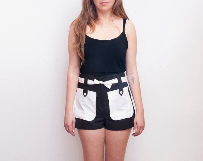 Dead Stock Vintage Shorts black white pockets