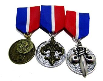 Steampunk Cosplay Medal // Custom SINGLE CHARM Medallion // Red White Blue Ribbon