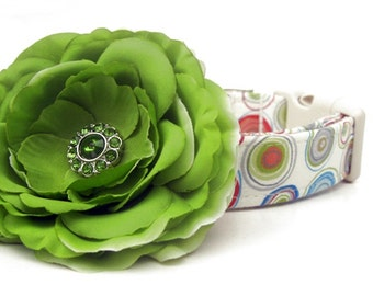 Custom Dog Collar with Apple Green Flower Accessory