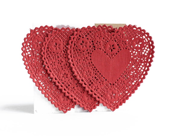 Red Heart Doilies / Set of 20
