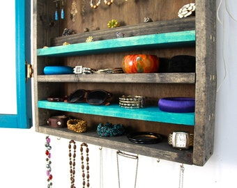 Turquoise jewelry organizer