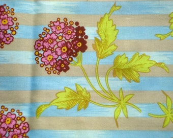 Kaffe Fassett Hydrangea gray Lille Collection FQ or more