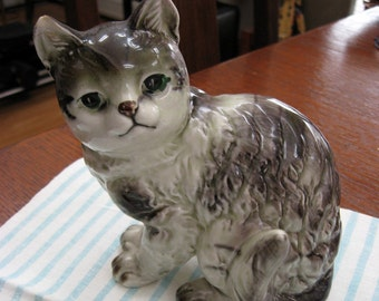 Kitty Cat Collectible / Made in Japan / Nippon Porcelain Cat / Clover Mark / Cute Kitty Collectible