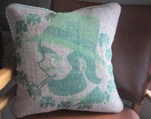 decorative St. Patricks pillow cover from upcycled burlap