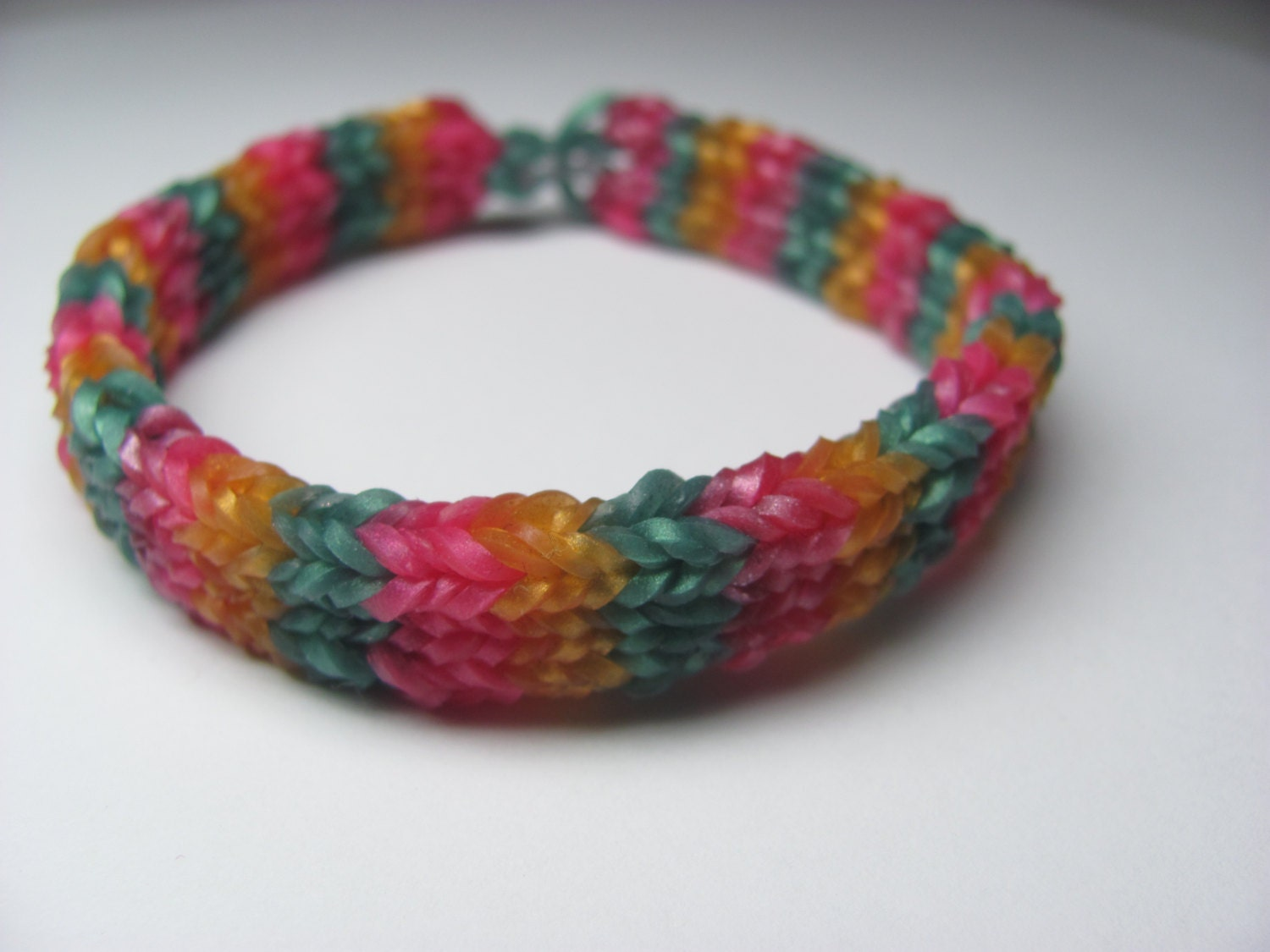 Rainbow Loom rubber band stretch bracelet flat by ...