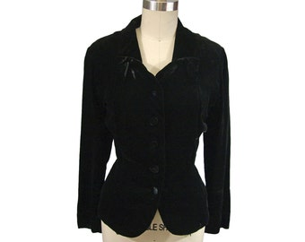 1950s Young Viewpoint Black Velvet with a Sweetheart Neckline L