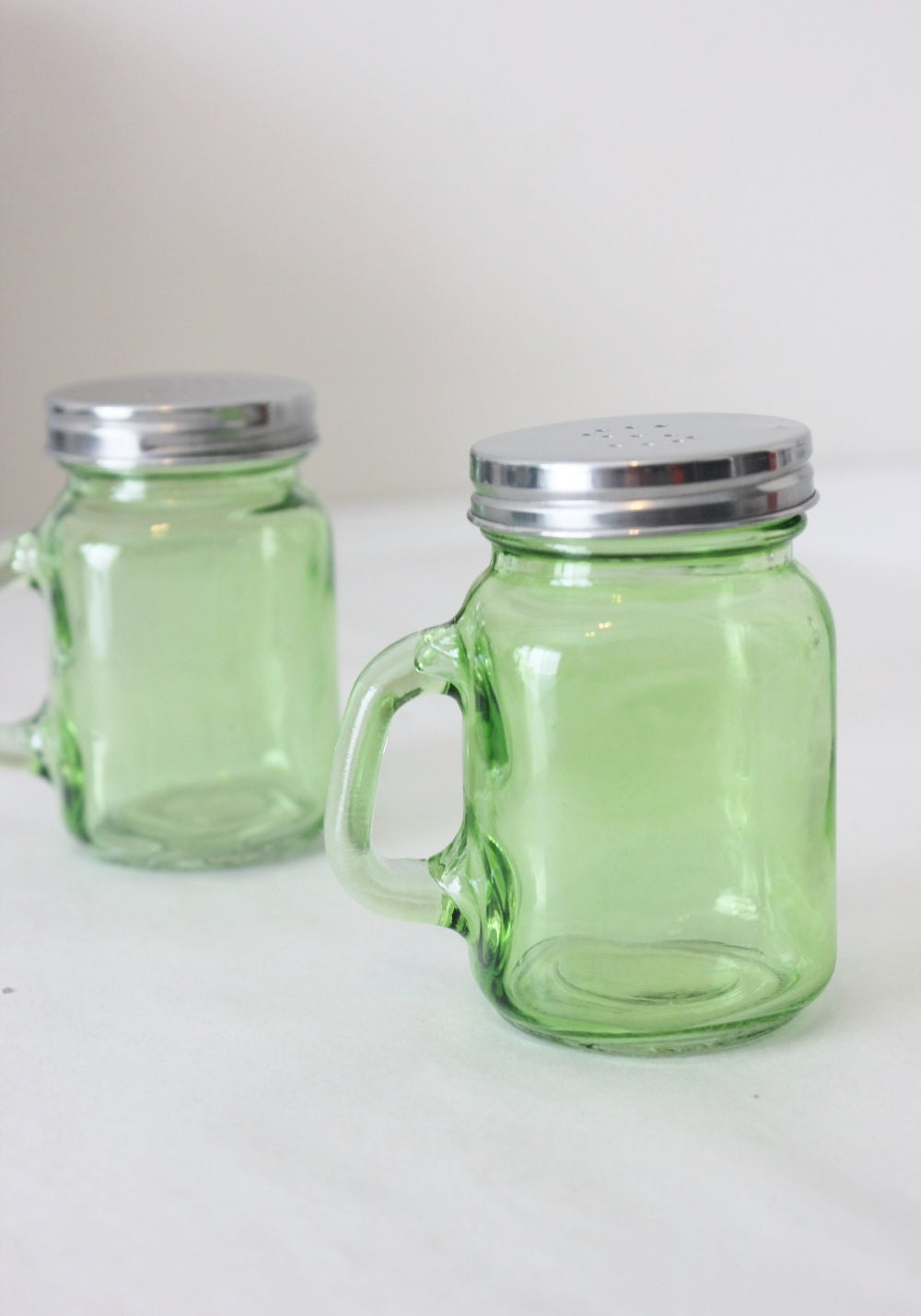 2 Green Mini Mason Jar Salt Pepper Shakers Mugs S P Shot Glass