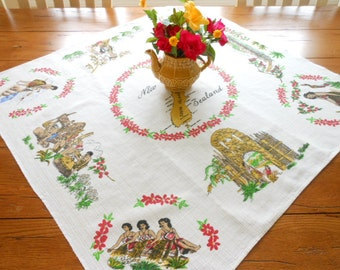Unused New Zealand Vintage Souvenir BarkCloth Tablecloth Centerpiece