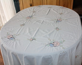 Large Tablecloth Applique Vintage Pastel Flowers Cutwork Embroidery 64 x 84