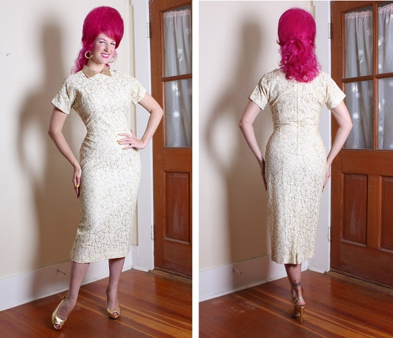 KILLER 1950's Couture White Lace Trimmed in Metallic Gold Hourglass Cocktail Dress w Gold Lame' Collar - VLV - Holiday - Bombshell - Size L