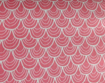 Pink Merry Scallop 1 Yard A Merry Little Christmas Zoe Pearn  Riley Blake Designs  SALE