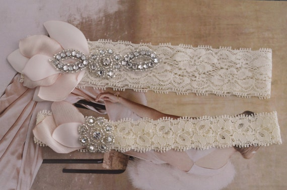 MADE TO ORDER,Blush Petals Lace garter set,Lace garter set,stretch lace garter,Fabric petals, rhinestone lace garter set, blush flower,Ivory