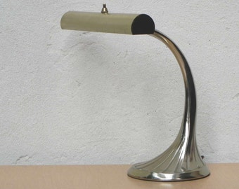 Laurel Brass Tulip Base Deco Florescent Desk Lamp