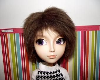 Short dark brown faux fur wig for Pullip / Taeyang