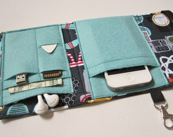 Nerd Herder gadget wallet in Nerd Stuff for iPhone 5, Android, iPod, Samsung Galaxy S5, smartphone, guitar picks