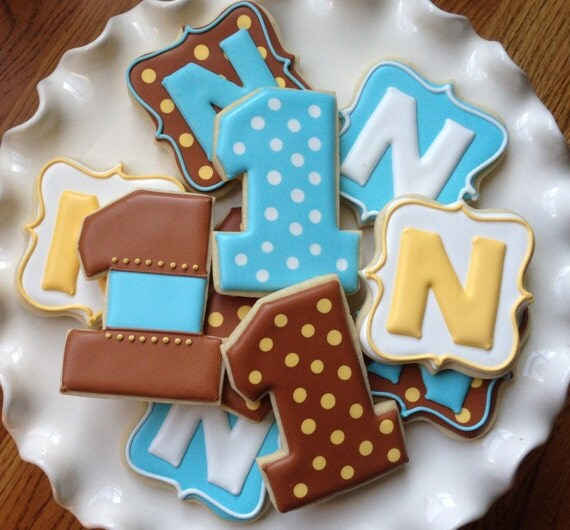 Preppy Polka Dot Sugar Cookie Party Favors