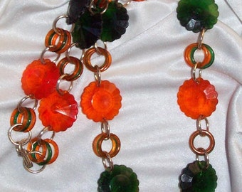 Mod 1960's COLORFUL Disk NECKLACE