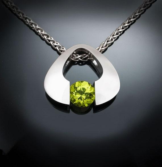 peridot necklace, August birthstone, Argentium silver, eco-friendly, green gemstone, modern necklace, gemstone jewelry - 3423