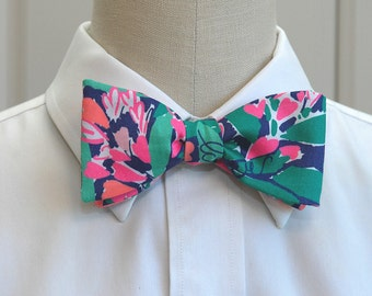 Lilly Bow Tie in bright navy loves me  (self-tie)