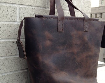 Brown leather tote, Shoulder handbags, Tote purses, Womens laptop bag, Brown leather purse, Large tote bag, Designer laptop bags for women
