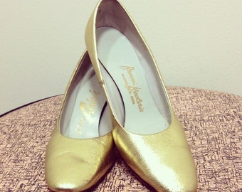 Vintage 60s Just Say Adores / Gold Metallic High Heel Shoes / Size 5 B / Brown's Booterie Springfield OH