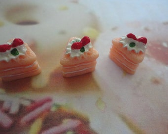 kawaii  pink strawberry cake cabochon decoden diy charm   3 pcs---USA seller