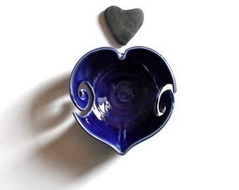 Blue Heart Yarn Bowl, Blue heart, Yarn Bowl for knitters, crocheters