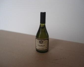 Miniature wine glass bottle