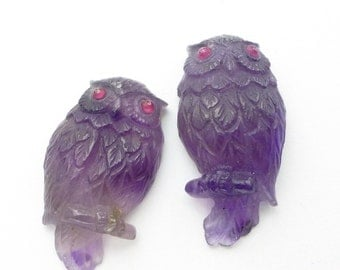 AMETHYST OWL. Hand Carved. Natural. Detailed. Super High Quality Carving. LarGE. Ruby Eyes. 1 pc. 19.80 cts. 16x28x6.5 mm (Am930a)