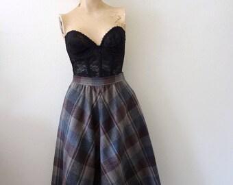 1980s Wool Skirt - plaid full a-line - vintage fall & winter fashion
