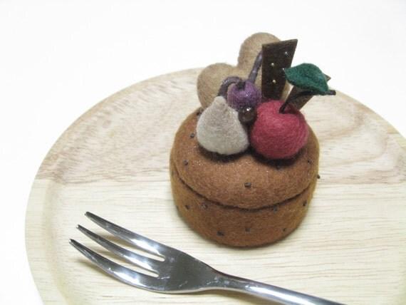 Made To Order - Felt Ring Holder - Felt Chocolate Cookie Ring Box - Small Trinket Box - Keepsake Box - Pill Box