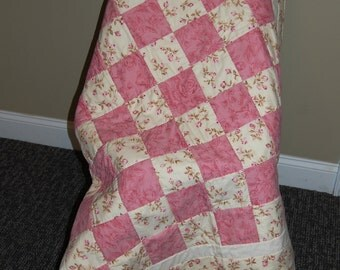 Baby Girl Quilt, Rosebud in Pink, Hand quilted Baby Quilt