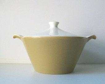 MId-Century Serving Casserole Dish